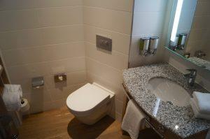 Hampton Glasgow Bathroom