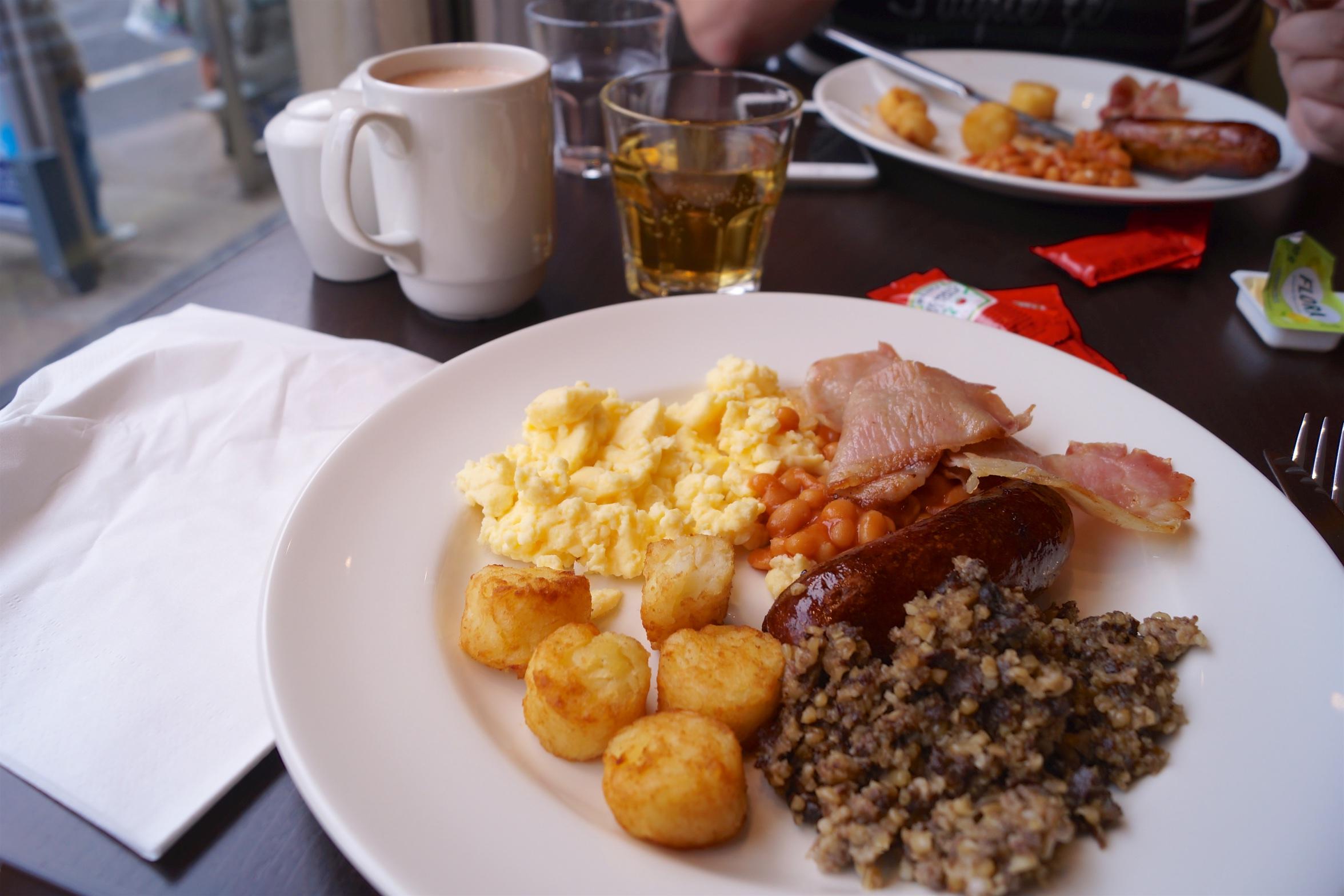 Hampton Glasgow Breakfast