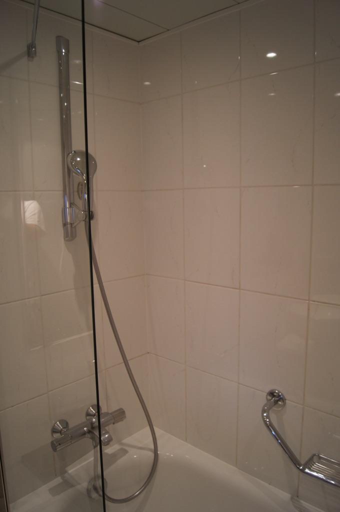 Hilton Prague Bathroom Shower